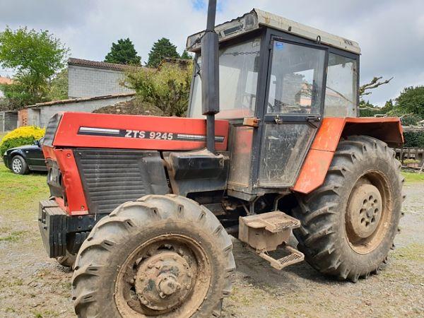 Tractor Zetor 5245