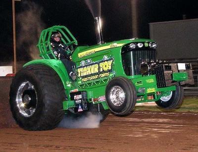 Tractor John Deere adaptado