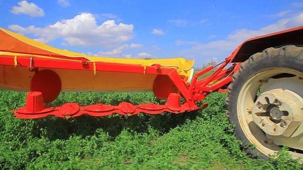 Segadora agrícola: sistema de discos
