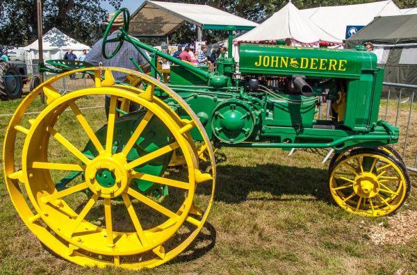 Tractor John Deere restaurado