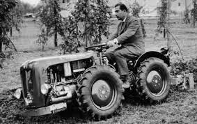 Tractor Valpadana de los primeros años de la marca