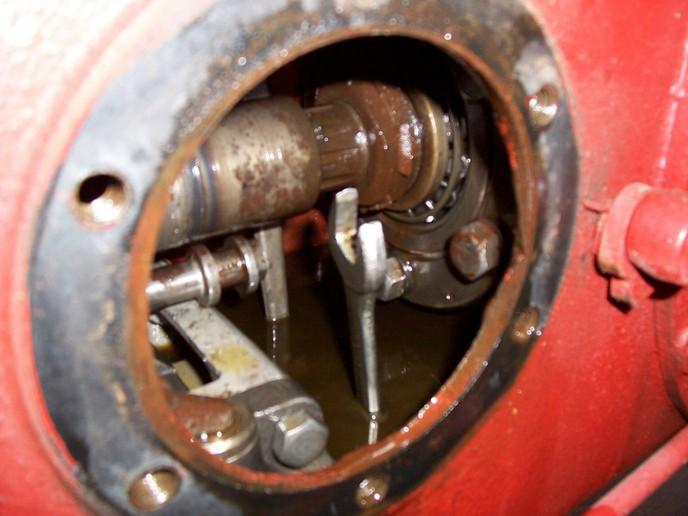 Massey Ferguson 240 Hydraulic Problems : Massey ferguson hydraulic filter