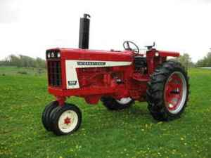 Used Farm Tractors for Sale: International 666 (20090531