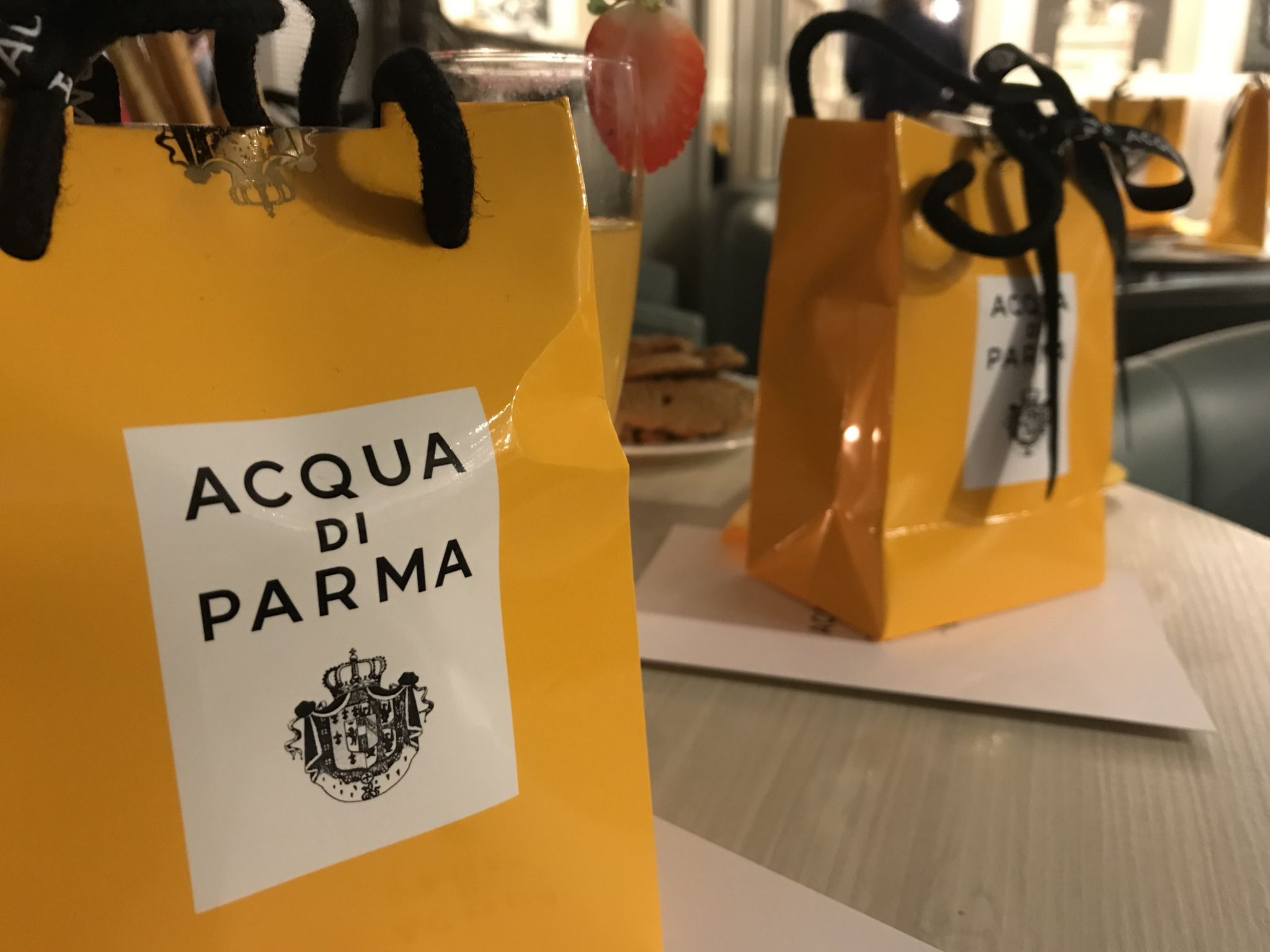 Acqua di Parma gift bag