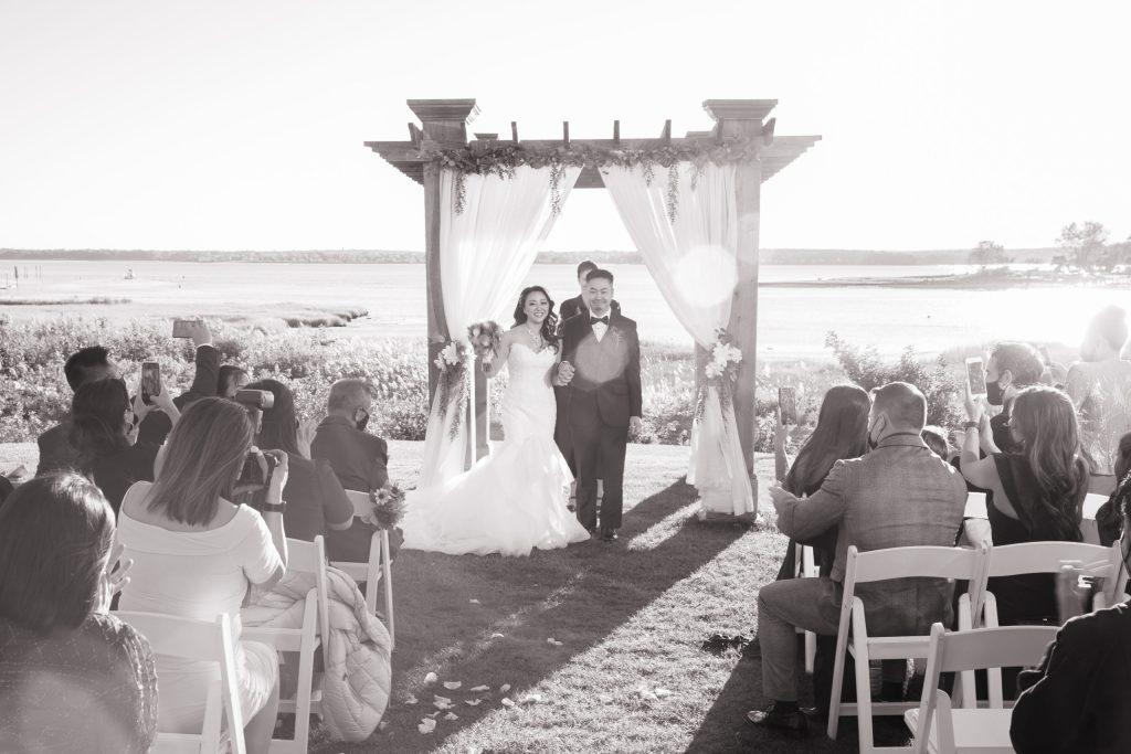 Harbor lights, warwick, rhode island, RI, Tracy Jenkins Photography, RI wedding photographer, Rhode Island wedding photographer, micro-wedding, newlyweds, wedding ceremony