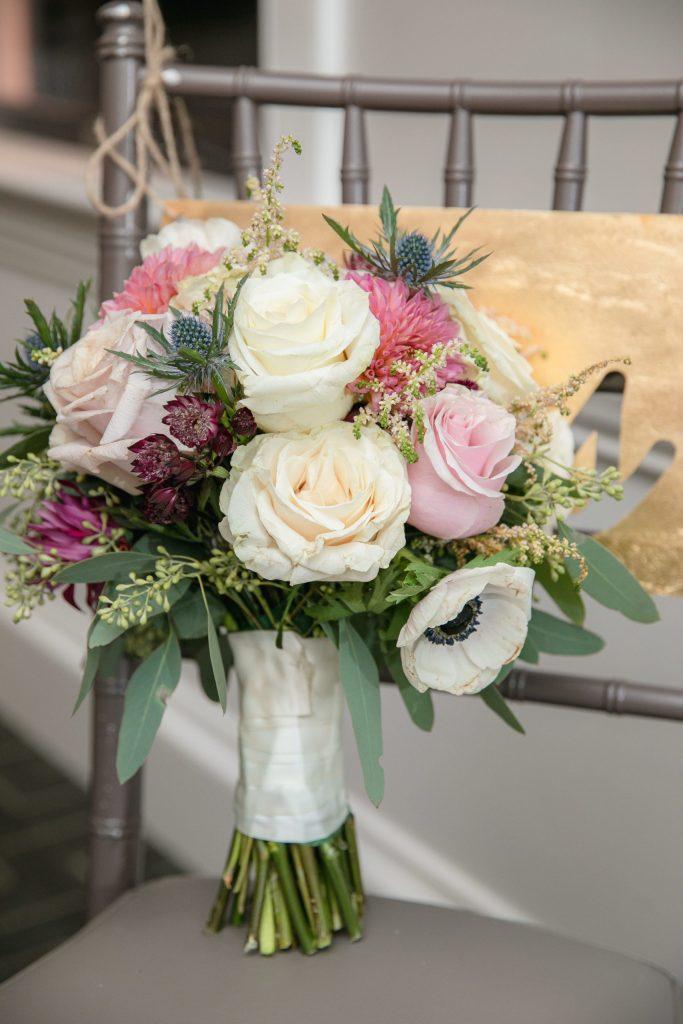 Harbor lights, warwick, rhode island, RI, Tracy Jenkins Photography, RI wedding photographer, Rhode Island wedding photographer, micro-wedding, wedding bouquet