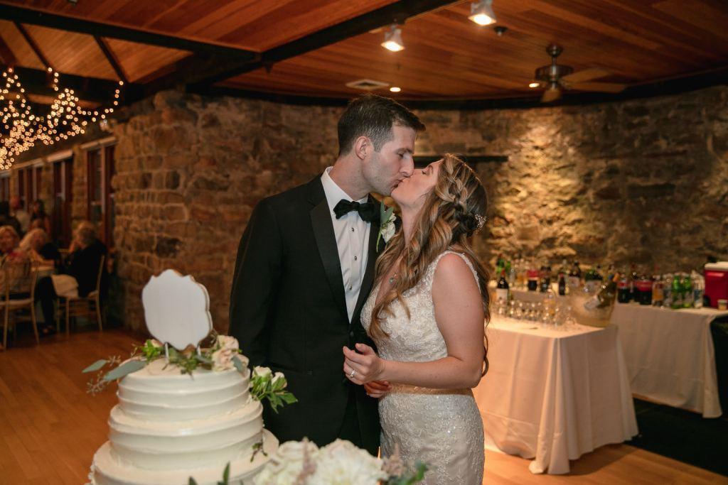 Wedding, Narragansett Towers, The Towers, Narragansett, Rhode Island, RI, Tracy Jenkins photography, RI wedding photographer, Rhode Island wedding photographer, wedding cake, cake cutting