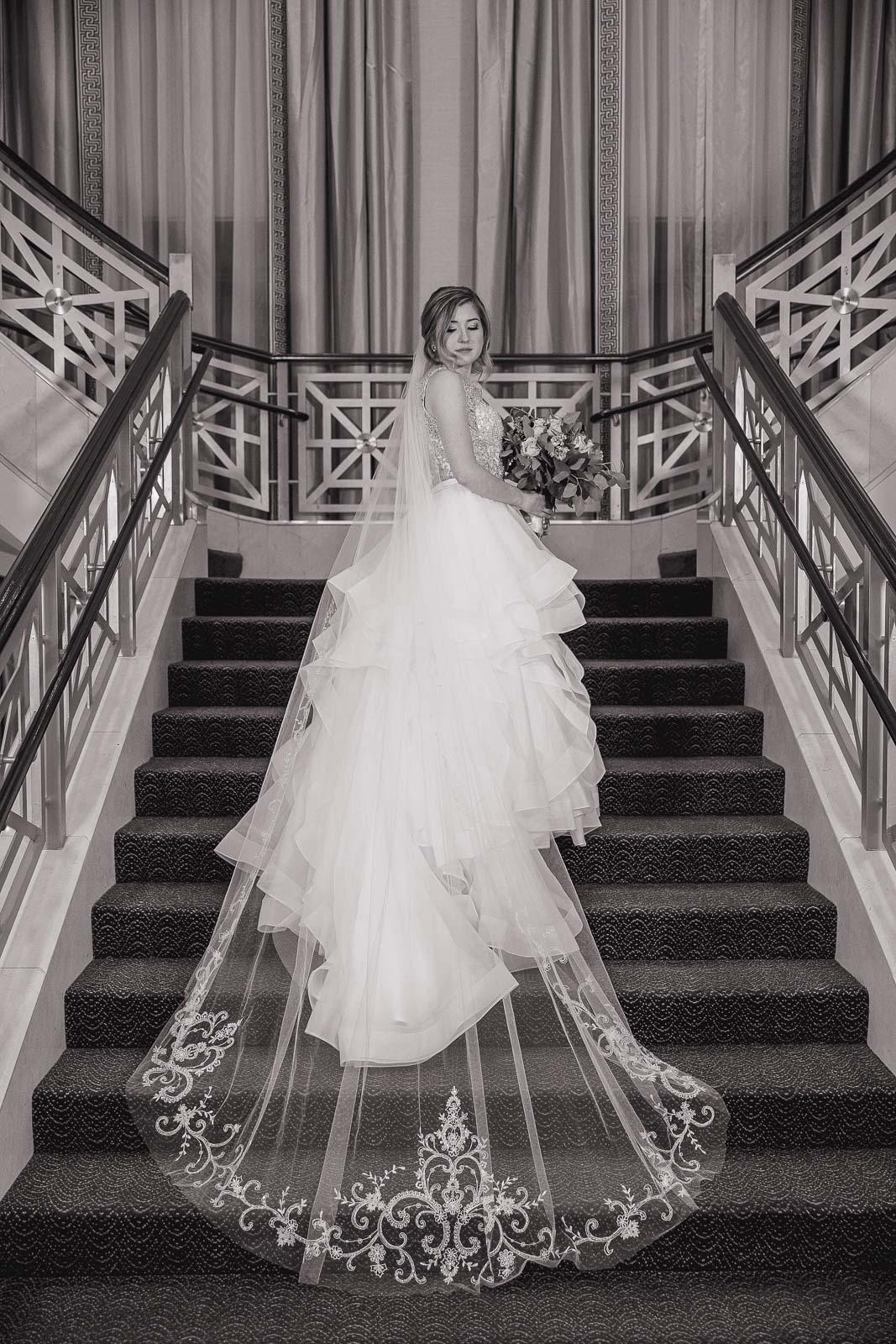 Omni Hotel Providence, Omni, Providence, Rhode Island, RI, Wedding, city wedding, November wedding, Tracy Jenkins Photography, RI wedding photographer, Rhode Island Wedding photographer, bridal portrait