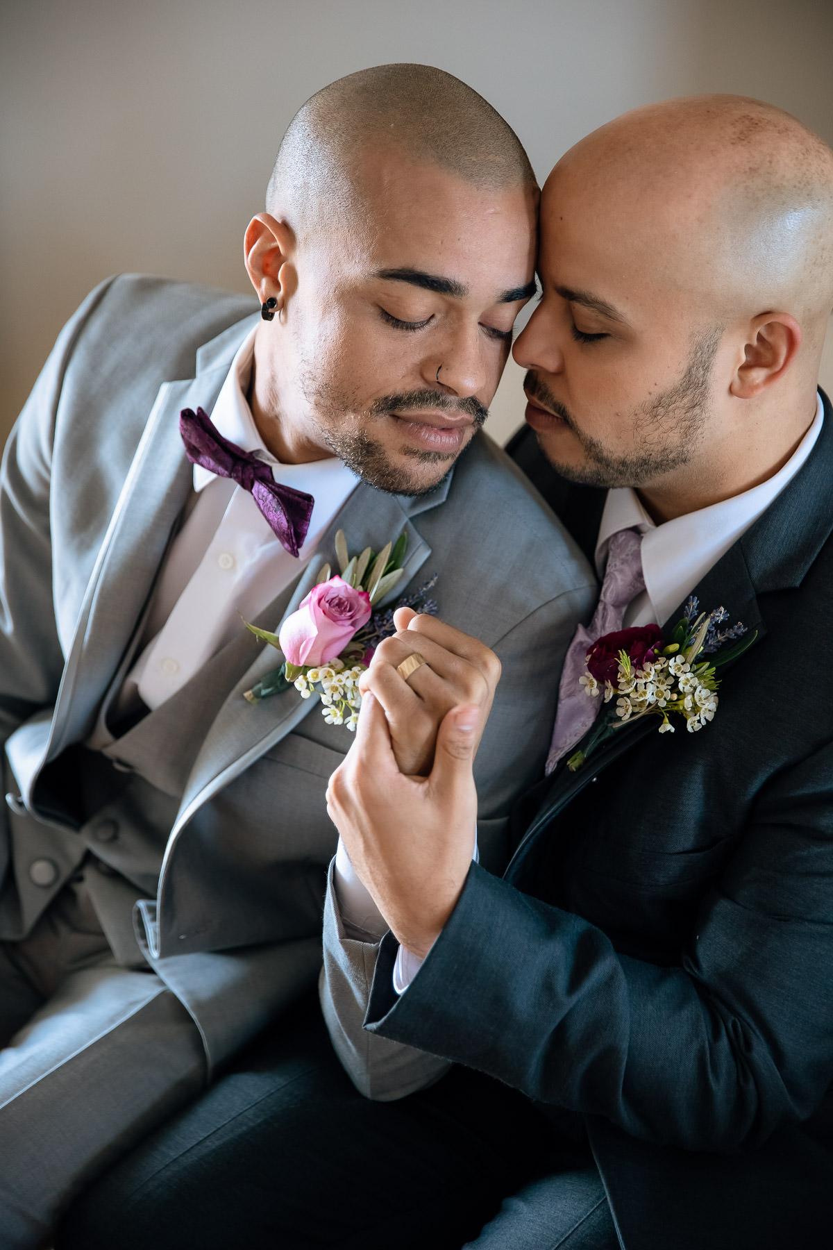Eisenhower House, Newport, Rhode Island, Tracy Jenkins Photography, wedding, LGBTQ+, LGBT, Gay, Inclusive, Photography, Wedding photography, groom, grooms, snuggle