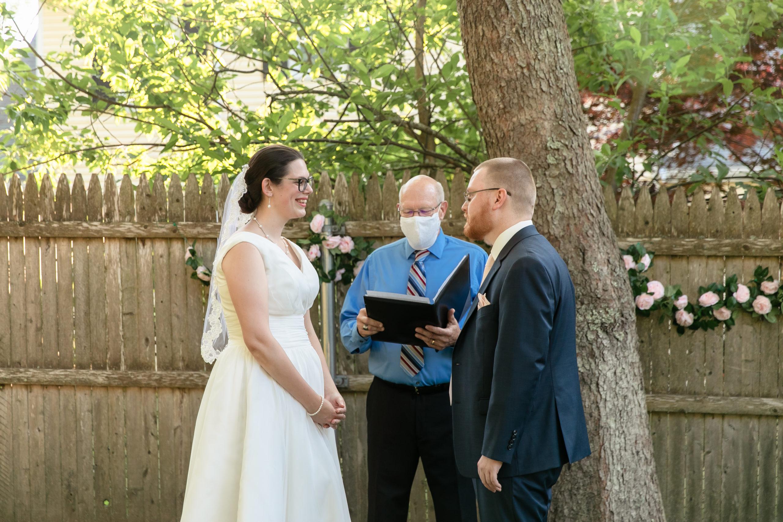 covid ceremony, Tracy jenkins photography, micro wedding