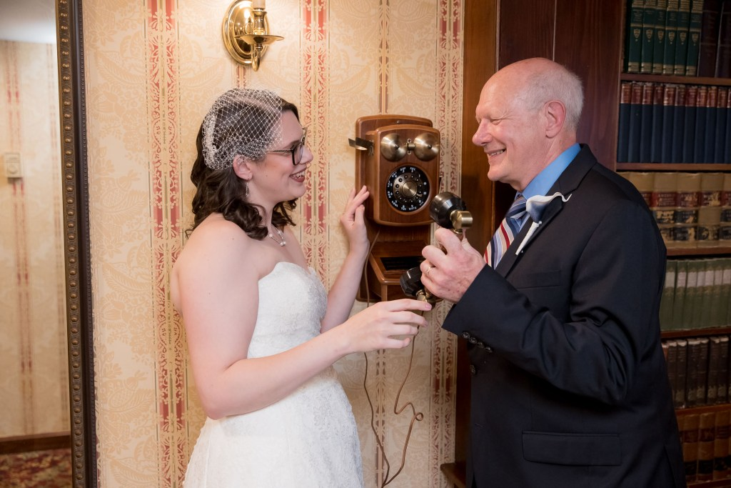 library, wedding, father of the bride, tracy jenkins photography, publick house, Massachusetts, new england, photography