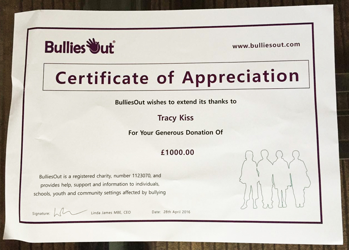 Tracy Kiss Donates £1,000.00 To BulliesOut