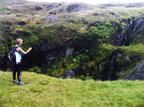 Tracy Kiss Hiking Mount Snowdon