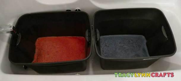 Dye the burlap