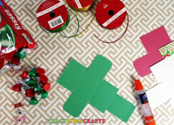 You can make these decorative gifts from cardstock, ribbon, a little glue then fill with wrapped candies