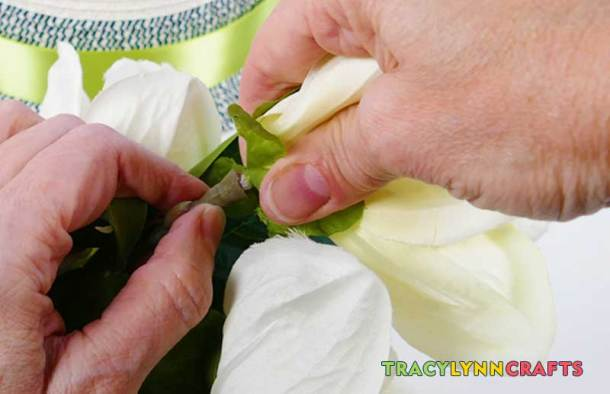 Separate the flower heads from their stems