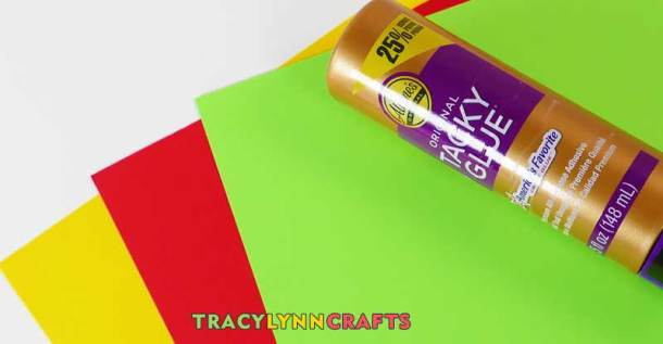 Materials and supplies to make a tulip gift card envelope