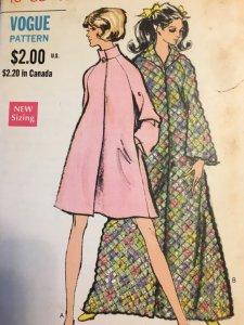 Vogue 7710 1970s Robe Coat