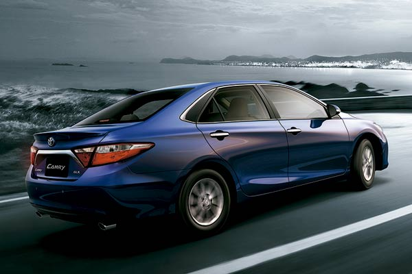 all new camry 2016 black toyota unveiled in bahrain