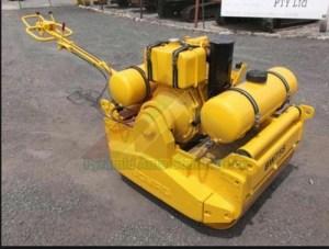 Bomag BW90S Walkbehind double drum vibrat roller Service