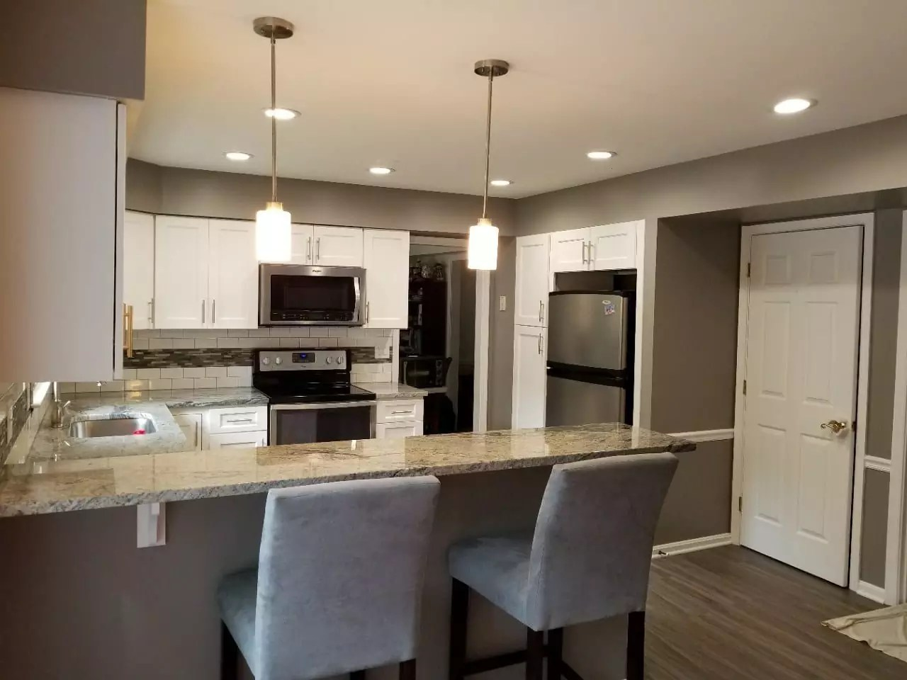 inexpensive kitchen remodel chair cushions target low cost remodeling baltimore trademark construction don t fall for a in