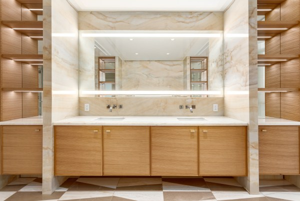 Bathroom Showcase Trademark Holdings