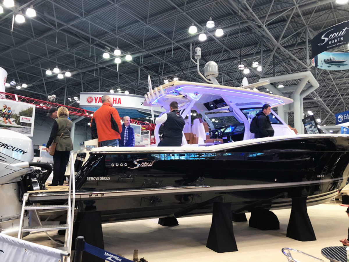 NEW YORK BOAT SHOW Boats flying off show floor