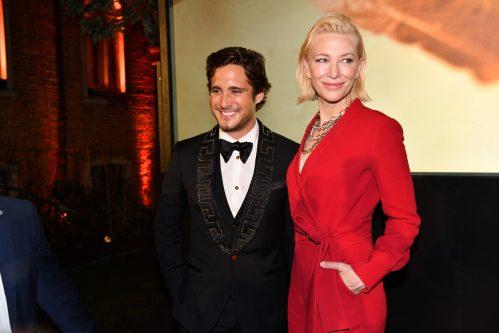 F3e Cate Blanchett con Diego Boneta