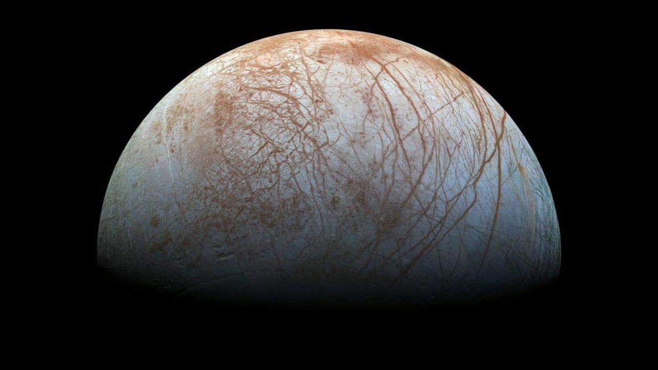 Lua oceânica de Júpiter: vulcões submarinos indicam possibilidade de vida