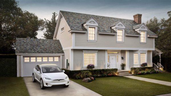 Il tetto solare di Tesla e Solarcity
