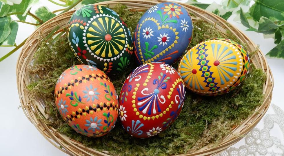 De ce se înroșesc însă ouăle de Paște și de ce au devenit simbolul învierii lui Hristos?