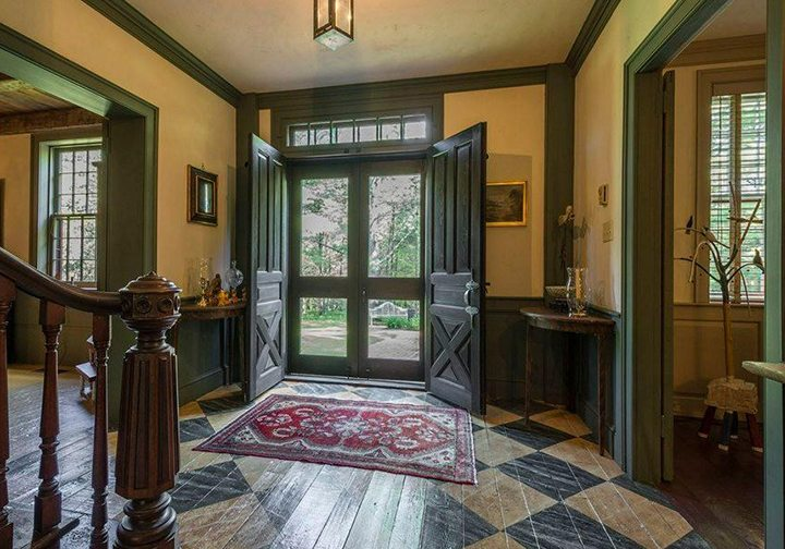 Mel Shakespeare Tradition Home
