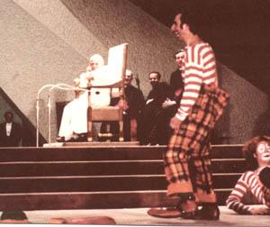 080_Clowns.jpg - 38521 Bytes