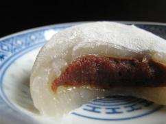 mochi_with_red_bean