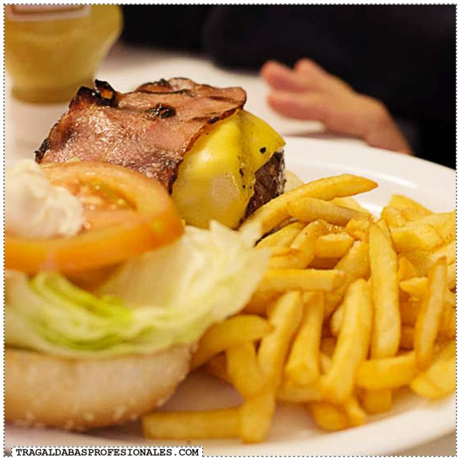 Tragaldabas Profesionales - Ruta de la Hamburguesa en Madrid - Alfredos Barbacoa - Bacon Cheese Burger