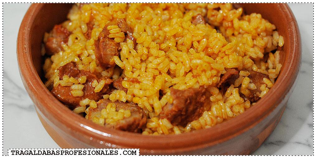 Tragaldabas Profesionales - Androlla, chorizo y arroz