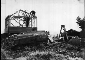 Henline Mountain Lookout Construction - 1933