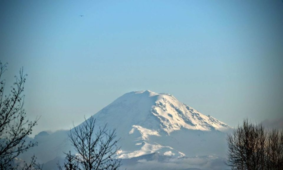 Mt Rainier from Kent