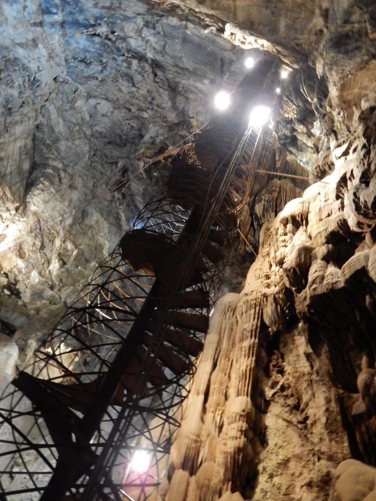 Moaning Cavern in Vallecito CA  The Adventures of Trail