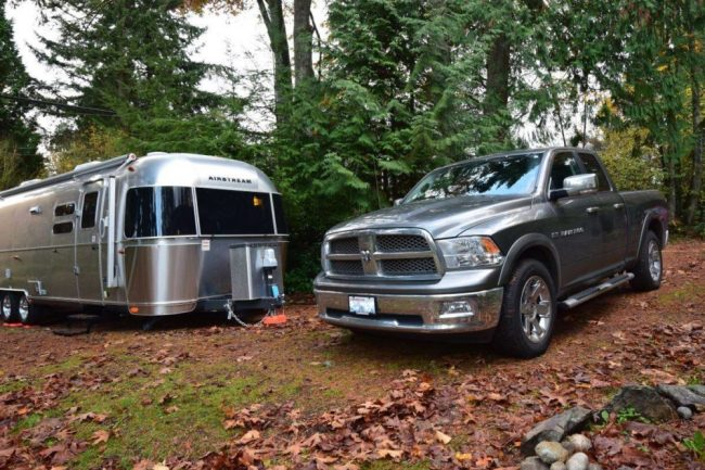 Picking a Tow Vehicle for an Airstream Trailer – The