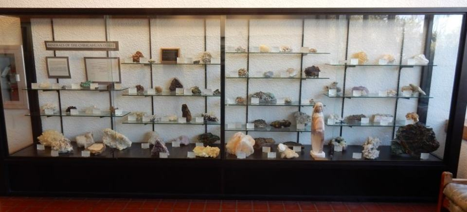 Geological specimens from the southern desert on display in the visitors center.