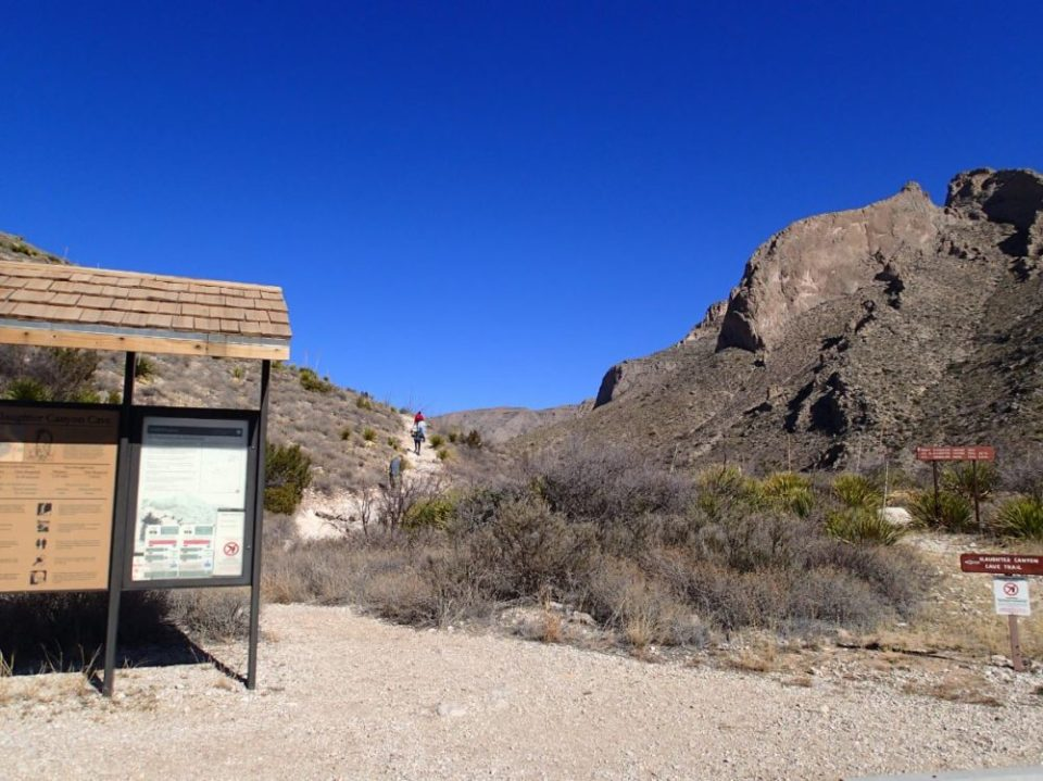 Slaughter Canyon Trail