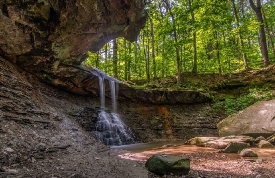 Blue Hen Falls - Easy short hike with a sweet payoff