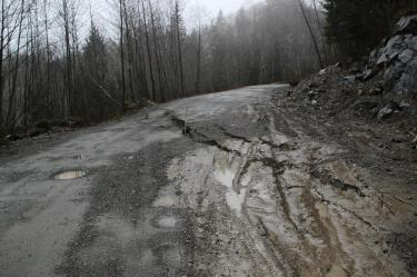 Road slumping on the Middle Fork