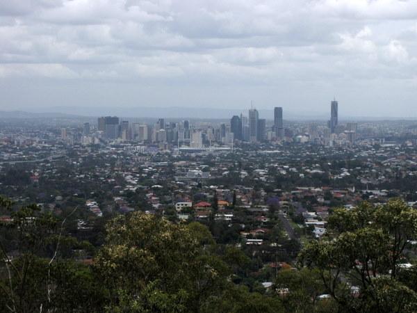 View of Brisbane from the top of Mount Gravatt