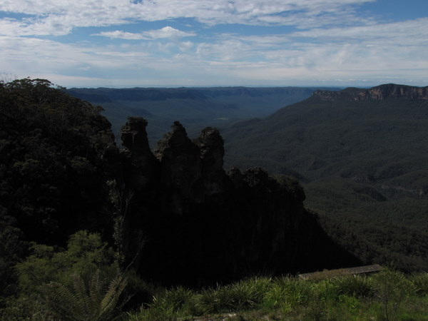 The Three Sisters from the Echo Point Lookout in the Blue Mountains