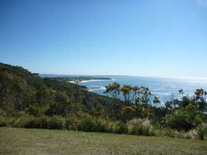 Bateau Bay Picnic Area to Crackneck lookout