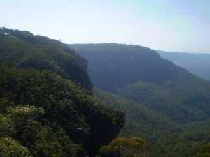 Echo Point to Barrabaroo Lookout