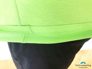 Der Saum an Ärmel und Bund kommt ohne Naht daher. Lediglich dort wo die Teile des Shirt vernäht werden mussten, sieht man eine sehr flache Naht.