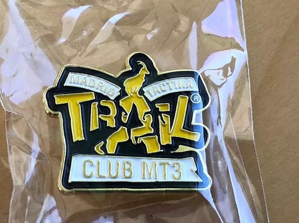 Pins Madrid Tactika Trail